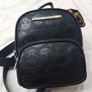 NWT Betsey Johnson Black Skull Mini Backpack.   Si